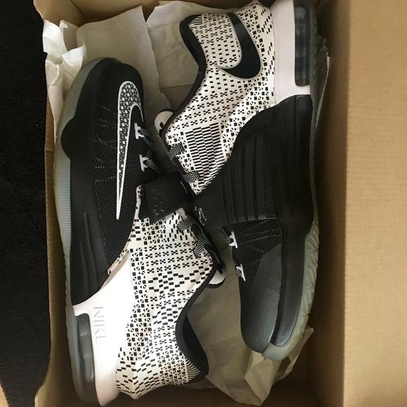 online retailer 36299 ba791 KD 7 BHM. NWT. Nike